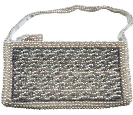 Other Beaded Silk Vintage ivory Clutch