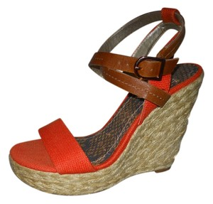 BCBGeneration Platform Wedge orange & tan Sandals