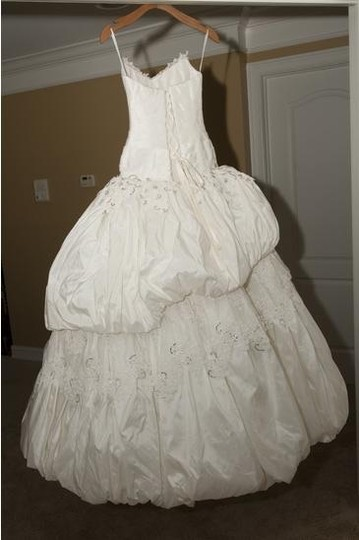Diamond/Silk White Taffeta Ballgown Formal Wedding Dress Size 2 (XS)