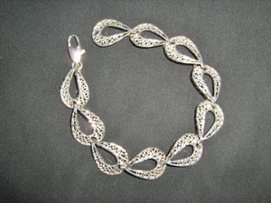 Gorgeous Diamond Cut Sterling Silver Bracelet