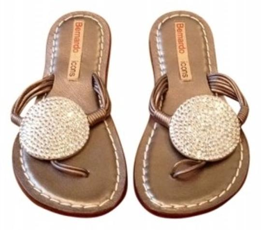 Preload https://item1.tradesy.com/images/gold-sandals-size-us-6-8285-0-0.jpg?width=440&height=440