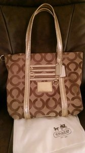 Coach Satchel Women's Tan Glam Poppy Poppy Glam Tote in BROWN