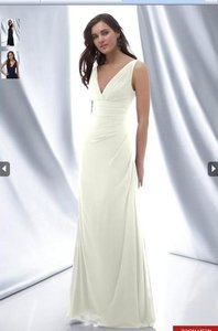 Watters Ivory Chiffon 620 Destination Wedding Dress Size 10 (M)