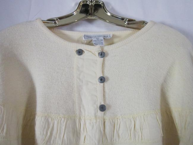 Preload https://item1.tradesy.com/images/chinese-laundry-pale-yellow-sweatshirthoodie-size-14-l-829670-0-2.jpg?width=400&height=650