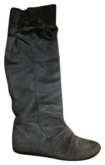 Preload https://img-static.tradesy.com/item/829946/report-grey-bootsbooties-size-us-7-regular-m-b-0-0-540-540.jpg