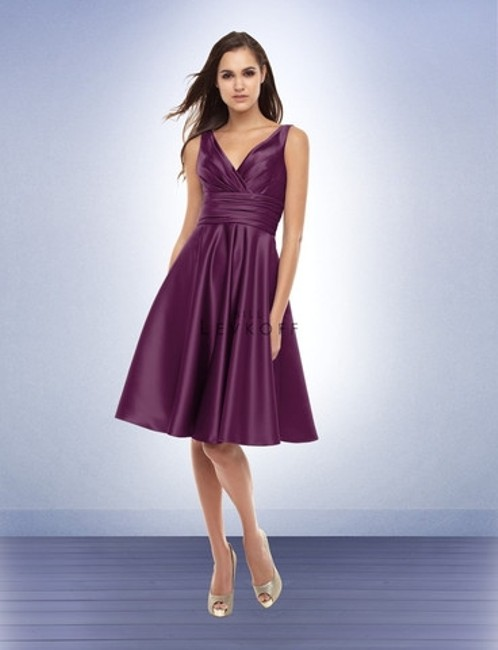 Item - Navy Bl 167 Casual Bridesmaid/Mob Dress Size 8 (M)