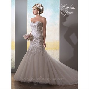 Karelina Sposa White Lace & Tulle C7971 Wedding Dress Size 8 (M)