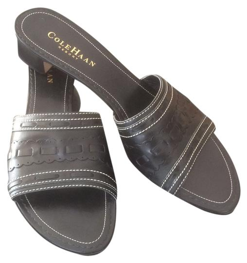 Preload https://img-static.tradesy.com/item/8315989/cole-haan-black-sandals-size-us-8-narrow-aa-n-0-3-540-540.jpg