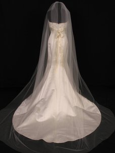 Your Dream Dress Exclusive S0101xvl Ivory Chapel Length Bridal Veil