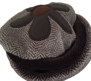 Byer California Fleece Hat, with Applique Flower on the Top