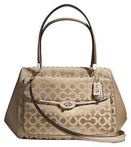 Coach F25632 Madison Satchel in light gold/ khaki