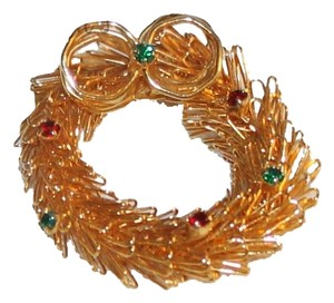 Other Christmas Wreath Brooch