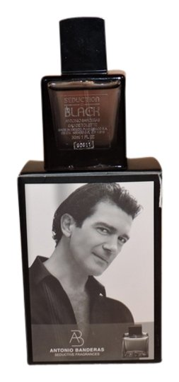 Preload https://img-static.tradesy.com/item/8325910/antonio-banderas-seduction-in-black-10-fl-oz-cologne-by-fragrance-0-3-540-540.jpg