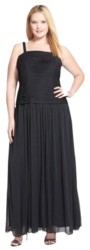 Adrianna Papell Black Plus Long Formal Dress Size 14 (L) - Tradesy