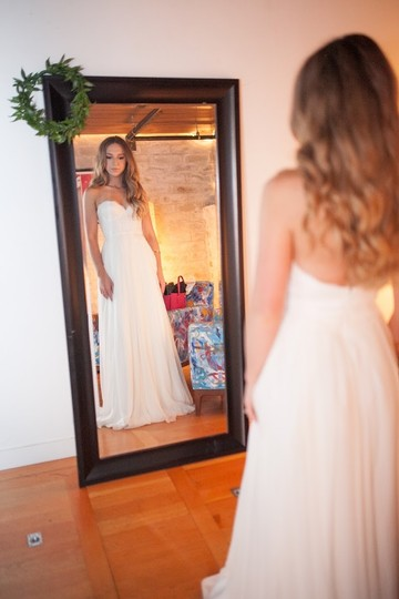 Preload https://img-static.tradesy.com/item/8327635/sarah-seven-white-brighton-feminine-wedding-dress-size-4-s-0-1-540-540.jpg