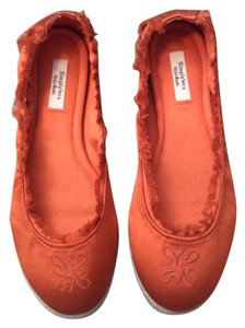 Simply Vera Vera Wang Orange Flats