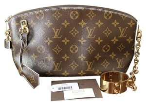 Louis Vuitton Lv Lockit Clutch