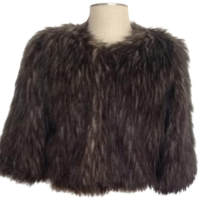 Preload https://item3.tradesy.com/images/romeo-and-juliet-couture-ponchocape-size-8-m-832902-0-0.jpg?width=400&height=650