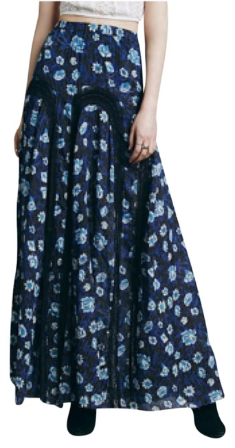 Preload https://img-static.tradesy.com/item/8329042/free-people-blue-zoe-maxi-skirt-size-2-xs-26-0-4-650-650.jpg