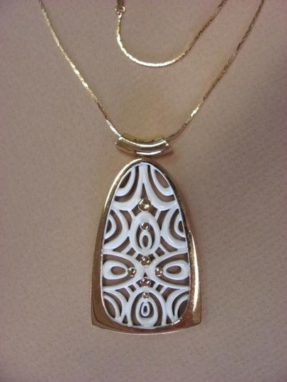 Other PENDANT WITH DESIGN Image 1