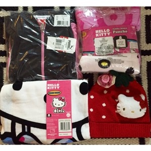Hello Kitty Accessories - Up to 70% off at Tradesy ede79e7d4c