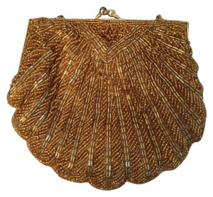 La Regale Gold Clutch