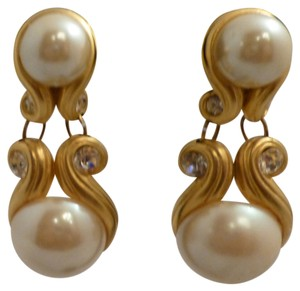 Other Hand Made Pearl Earrings