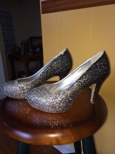 Clear To Dark Bling Swarovski Elements Platforms Size US 9