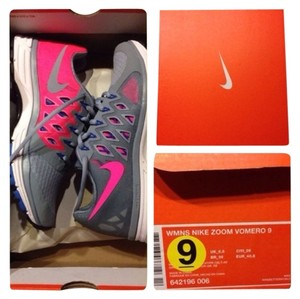 Nike pink/grey/multi color Athletic