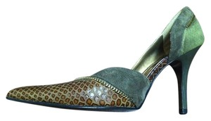 Carlos by Carlos Santana Leather Green Pumps