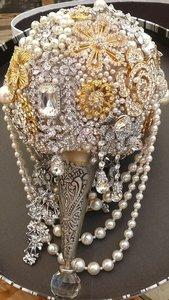 Brooch Bouquet Set