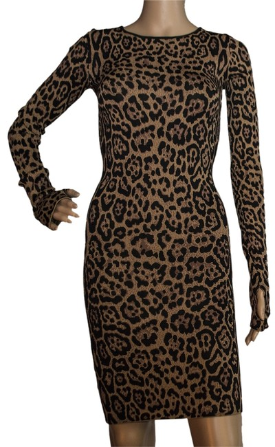 Preload https://img-static.tradesy.com/item/8351557/bcbgmaxazria-brown-black-above-knee-night-out-dress-size-2-xs-0-3-650-650.jpg