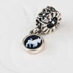 PANDORA RARE - Pandora RETIRED Taurus Zodiac Cameo Dangle Charm