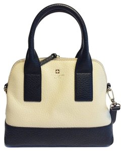 Kate Spade Southport Avenue Cross Body Bag