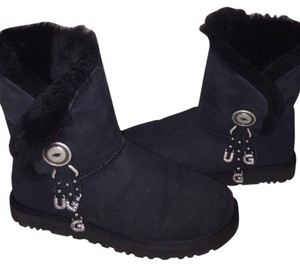 UGG Australia Suede Shearling Bailey Button Charm Black Boots
