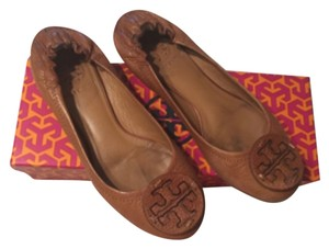 Tory Burch Pebbled Reva Ballet Tan Flats