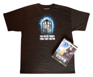Hot Topic Bbc Doctor Who The Doctor Daleks Tardis T-shirt Casual T Shirt Black