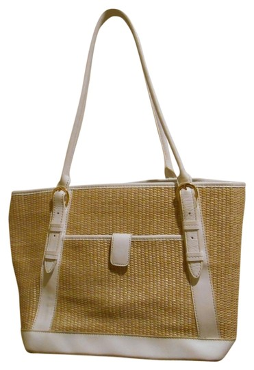 Preload https://img-static.tradesy.com/item/837097/maxx-new-york-purse-panther-print-lining-white-with-straw-leather-and-other-hobo-bag-0-0-540-540.jpg