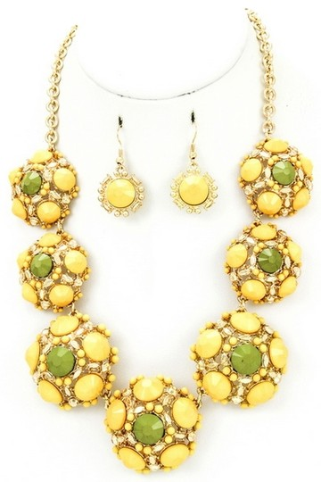 Unknown Yellow Acrylic Jewel Studded Fashion Necklace Set