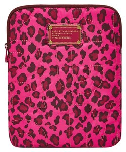Marc by Marc Jacobs MARC BY MARC JACOBS i Pad tablet Case Sleeve Leopard Tablet animal Pink