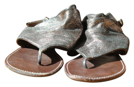 Preload https://item2.tradesy.com/images/nordstrom-copper-sparkle-leather-sandals-size-us-6-837591-0-0.jpg?width=440&height=440