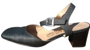 Salvatore Ferragamo Made In Italy Mary Janes Vintage Gray Pumps