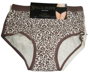 LADY PRINCESS THREE PAIR OF FULL COTTON BRIEF PANTIES WITH WIDE WAISTBAND AND ELASTIC AT LEGS. SO COMFORTABLE BY LADY PRINCESS. PLUS