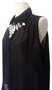 Mimi Chica Sleeveless Button Down Shirt Black