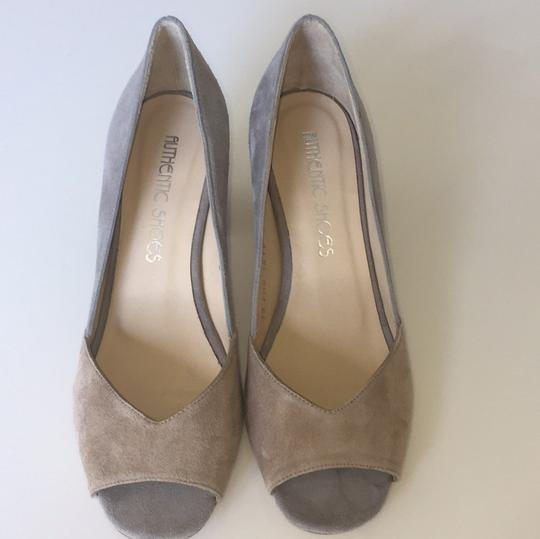 Other grey and beige Pumps Image 4