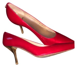 St. John Red and gold Pumps