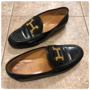 Hermès Loafers Leather Metal 35 5 Black and Gold Flats