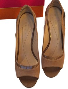 Kate Spade Leather Suade Beige Tan Peep Toe Heels Heel Professional Work New Neutral Pumps