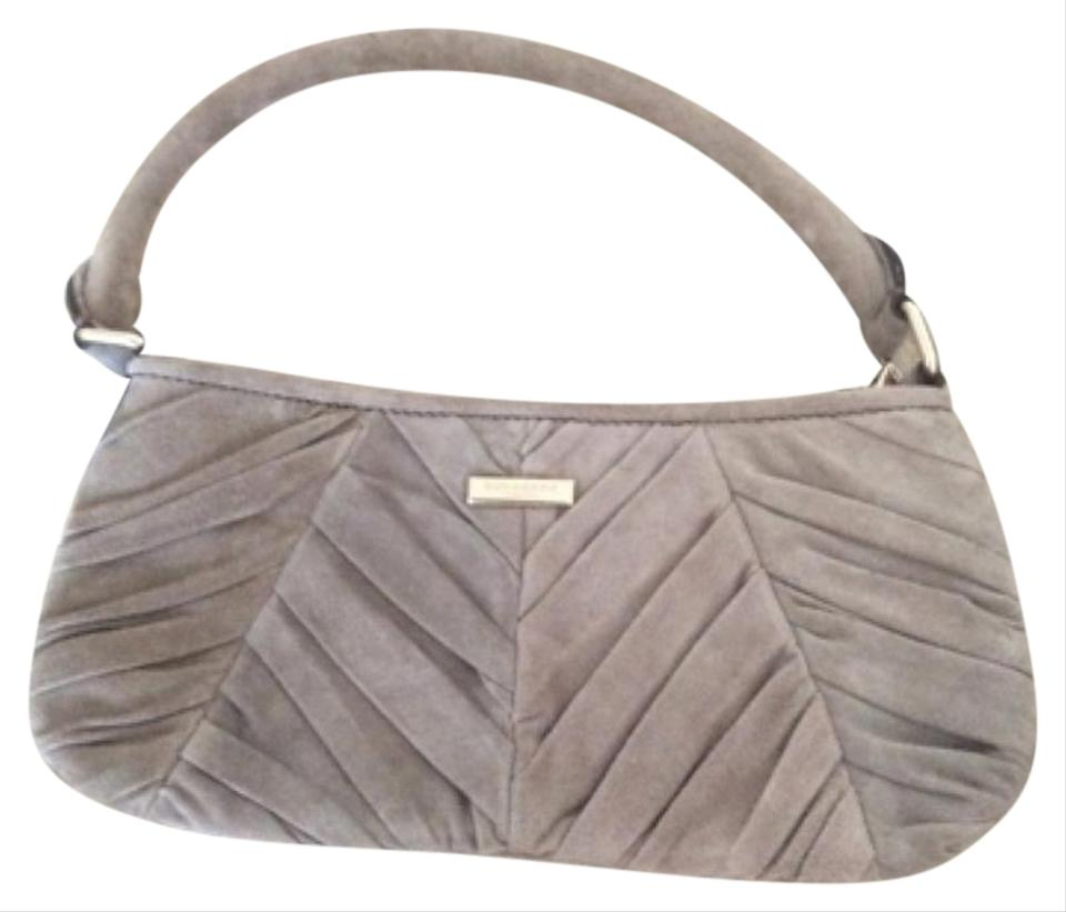 15942701e Burberry Bags - Up to 90% off at Tradesy