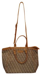 DKNY Designer Logo Print Handbag Large Leather Tan Taupe Zipper Cloth Lining Pockets Dust Cover Included Satchel in Brown